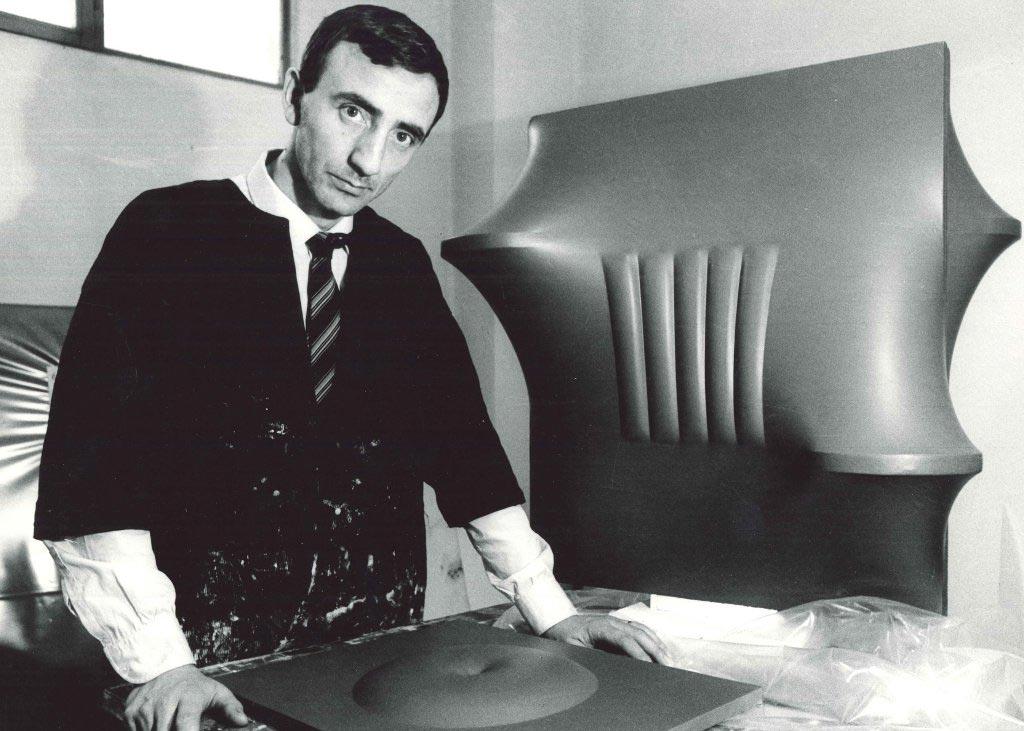 Agostino Bonalumi – Composition